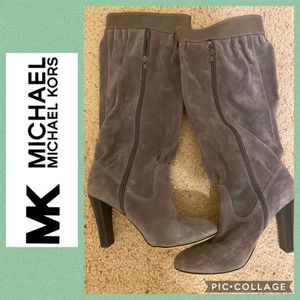 Michael Kors Gray Suede Boot Size 7 M for Sale in Lyman, SC