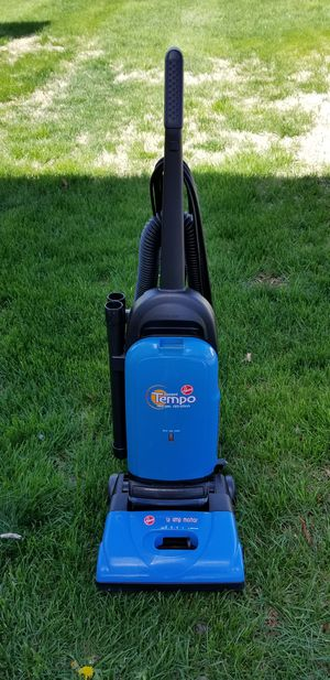 Hoover Tempo Vacuum for Sale in Frederick, MD