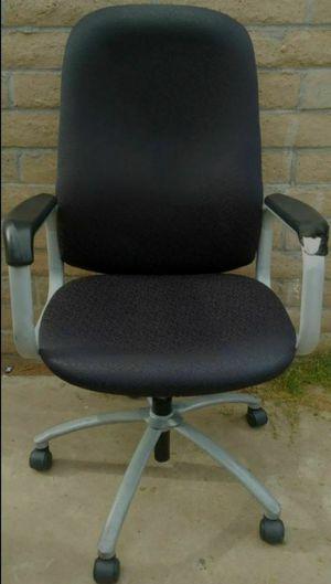Desk Chair for Sale in Phoenix, AZ
