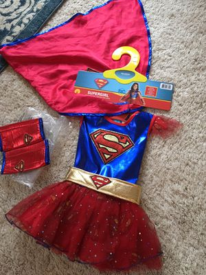 Adorable size small (5-6) Supergirl Costume in Excellent Condition for Sale in Snohomish, WA
