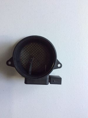 Mass air flow sensor fit 2003-2005 Mercedes Benz c230 for Sale in Lynnwood, WA