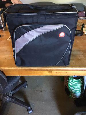 Igloo Cooler for Sale in Eastlake, OH