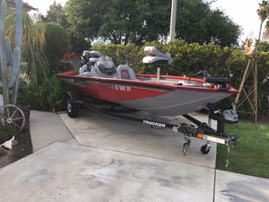 2017 TRACKER PRO 175TXW BASS BOAT. for Sale in West Covina, CA