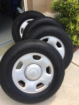 4 Tires with Rims 245/70 R17 for Sale in Naples, FL