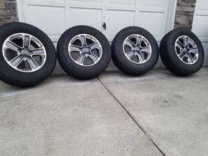 "2020 wrangler sahara 18"" wheels with brand new bridgestone At tires for Sale in Spanaway, WA"