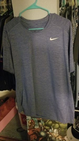Nike dry fit shirt for Sale in Montclair, CA