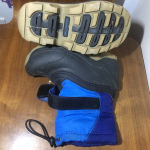 Lands End Boys Snow Boots Waterproof Like New Size 9 for Sale in Brooklyn, NY