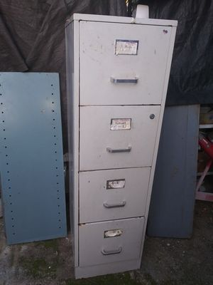 4 Drowers File. Cabinet for Sale in Fontana, CA