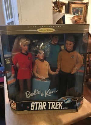 Barbie and ken Star Trek for Sale in St. Petersburg, FL