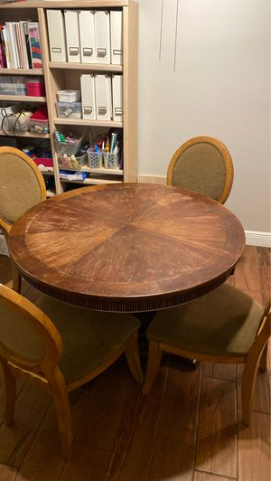 Dining table /4 chairs for Sale in Winter Haven, FL