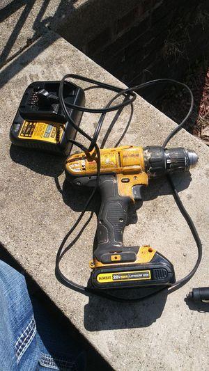 Dewalt drill 20v with charger for Sale in Detroit, MI