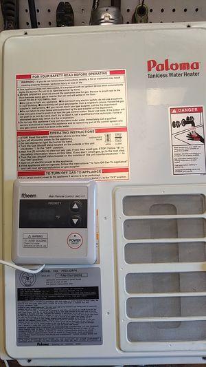 Rheem tankless hot water heater for Sale in Hillsboro, MO