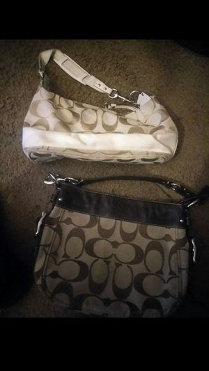 Coach purse ladies .. for Sale in Atlanta, GA