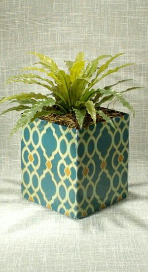 """Artificial Plant in Metal Vase 10""""x6"""" *PICKUP ONLY* home decor, household, flowers for Sale in Mesa, AZ"""