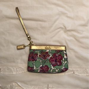 Small Coach Wristlet for Sale in Columbia, SC
