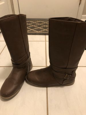 Girls brown boots for Sale in Bloomingdale, IL