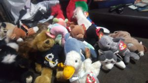 Tons of TY BEANIE BABIES!! New with Tags and MANY 1ST EDITIONS! for Sale in Clovis, CA