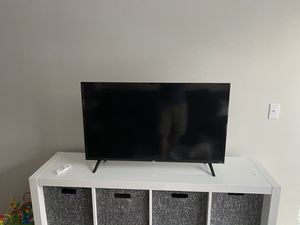 40in TCL Roku TV for Sale in Mill Creek, WA