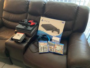 Ps4 Bundle, read add ons (extras) for Sale in BVL, FL
