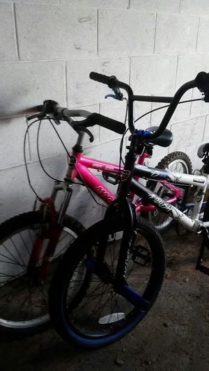Boy bike and girl bike for Sale in Columbus, OH