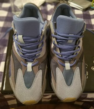 Adidas Yeezy boost 700 inertia/ size 11 but it runs size 10. for Sale in New York, NY