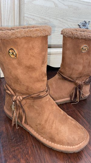 Michael Kors Girl Size 3 Boots for Sale in Bell, CA