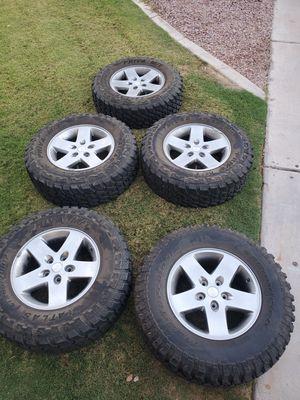 "Set of 5 31"" jeep wheels (LT265/70R17) for Sale in Chandler, AZ"