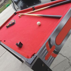 POOL TABLE for Sale in Fowler, CA