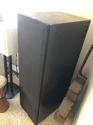 Klipsch kLF 10 tower speakers for Sale in Irvine, CA