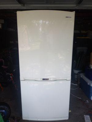 Samsung refrigerator for Sale in Warren, MI