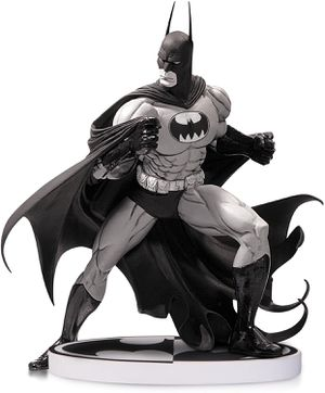 DC Collectables Tim Sale Batman Statue Factory Sealed for Sale in Las Vegas, NV