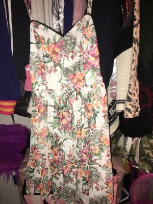 Forever 21 Floral Print Dress for Sale in Moreno Valley, CA