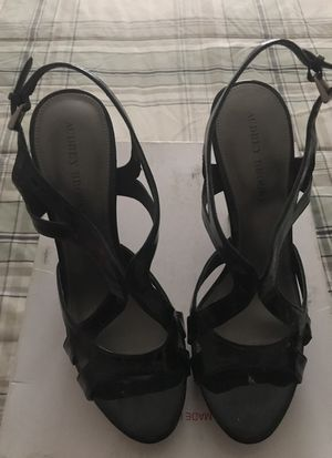 Black/wood 5' size 9 hills for Sale in Silver Spring, MD