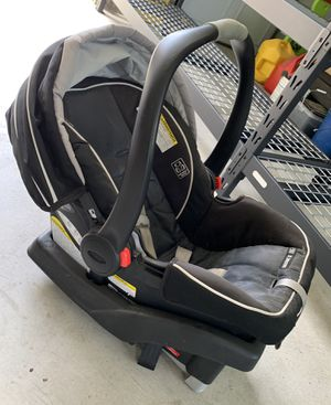 Graco car seat and base for Sale in Modesto, CA