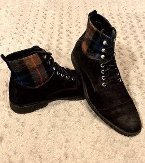 Mens Cole Haan Air Blythe cap toe boot paid $220 size 11 Like new! Distressed look leather upper follows a classic oxford profile with an extended an for Sale in Washington, DC