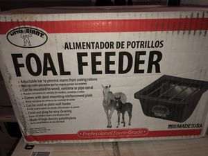 Foal Feeder *NEW* for Sale in Meriden, CT