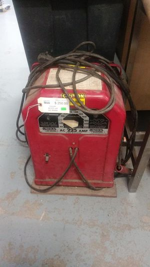 Lincoln arc welder ac225 volt for Sale in Tacoma, WA