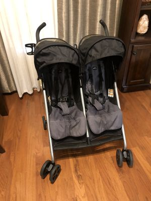 Evenflo side by side-double stroller for Sale in Grand Prairie, TX