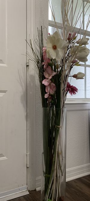 IKEA big glass vase with artificial flower for Sale in Tampa, FL