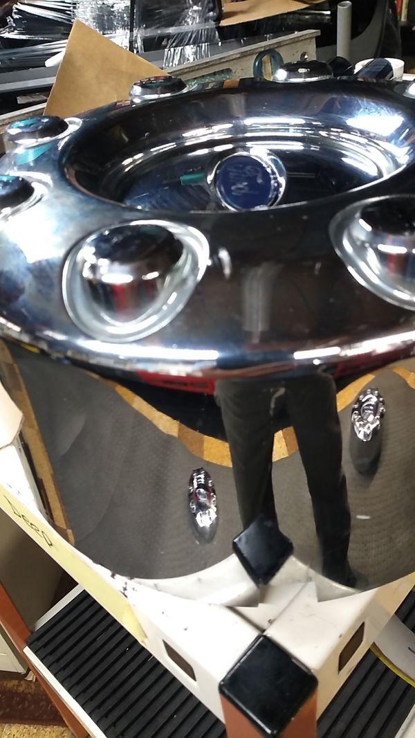 2015 F350 Dually rear Hub cap