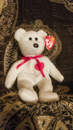 SUPER RARE VALENTINO BEANIE BABY WITH FRIENDS for Sale in Kalamazoo, MI