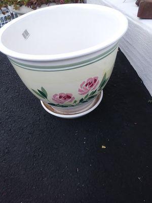"14"" Flower Pot for Sale in Edison, NJ"