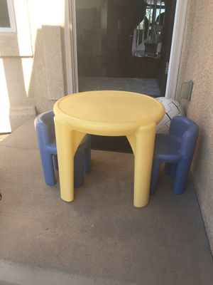 Table at2 chair for kids for Sale in Colorado Springs, CO