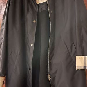 Burberry Coat With Detachable Hoodie Size 14 for Sale in Lincolnwood, IL