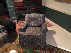 Oversized Sherrill couch and 2 chairs for Sale in McLean, VA