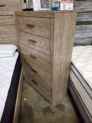Modern 5 Drawer Chest, Grey for Sale in Garden Grove, CA