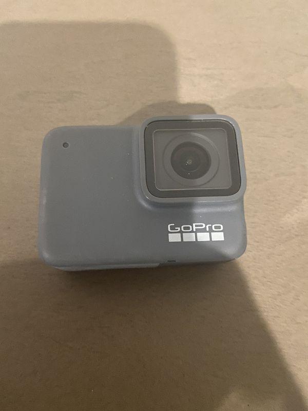 GoPro - HERO7 Silver 4K Waterproof Action Camera - Silver