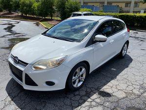 2014 ford focus se hatchback for Sale in Jonesboro, GA