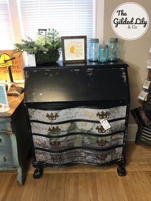 ❤️Floral Secretary desk for Sale in Harrisburg, PA