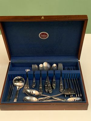 WM.A. Rogers stainless, Onida silverware set for Sale in Raleigh, NC